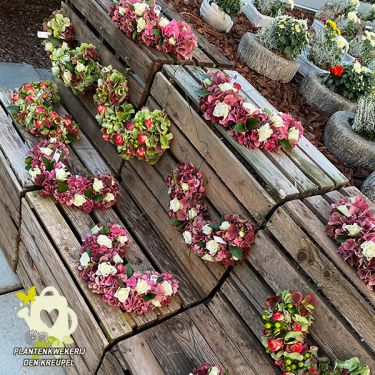a1-a-bloemstukken-columbarium-boog