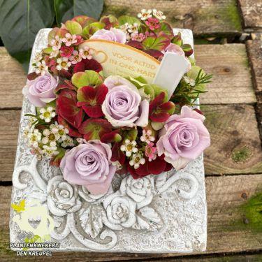 a1-bloemstuk-bijbeltje-oudroze