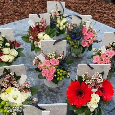 a1-bloemstuk-columbariumstukjes