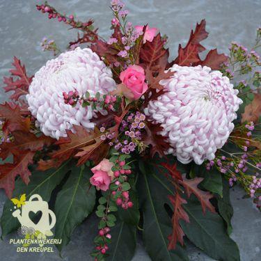 mauve-bollen-bloemstuk